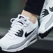Nike Air Max ESSENTIAL女子运动鞋